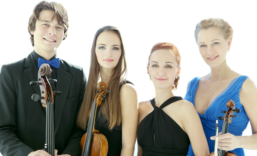 Illustration. Beernem. Rusquartet. Xenia Gamaris - viool, Anna Yanchishina - viool, Ksenia Zhuleva - altviool, Peter Karetnikov - cello. 2020-04-26